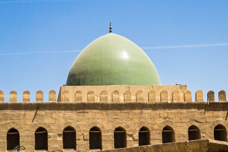 En kupol på moskén av muhammad ali i Egypten arkivfoton