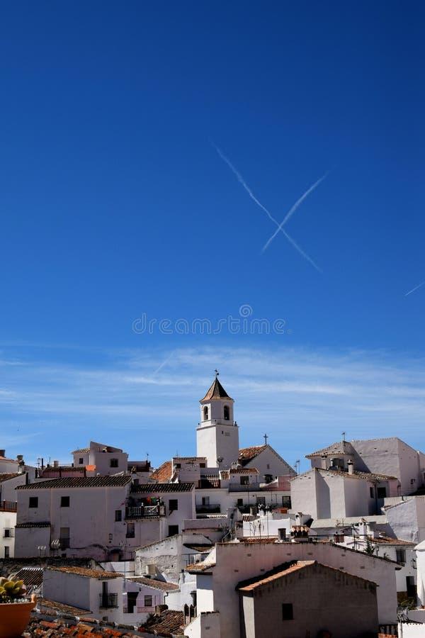En kyss för blå himmel royaltyfria bilder