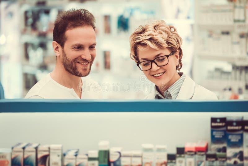 En la farmacia fotos de archivo libres de regalías