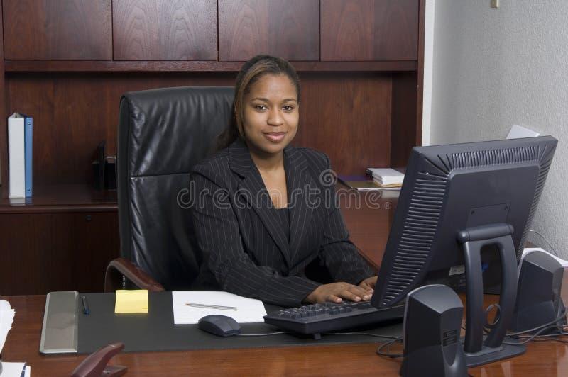 En la oficina imagen de archivo