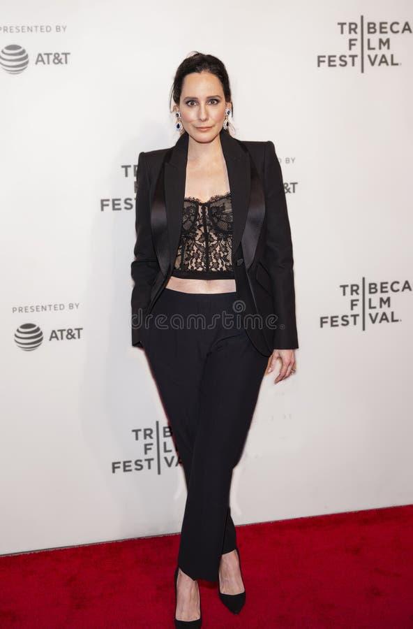 en la premier de ?ella toma un loco ?en el festival de cine 2019 de Tribeca fotos de archivo