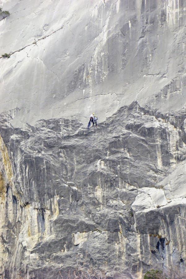 En la roca imagen de archivo