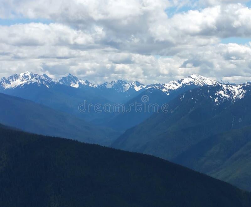 En las montañas azules fotos de archivo libres de regalías