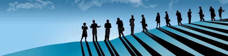 En linje av affärsfolk, män och kvinnor, ses på en backe, som de följer deras kvinnliga ledare, framstickandet, vd stock illustrationer