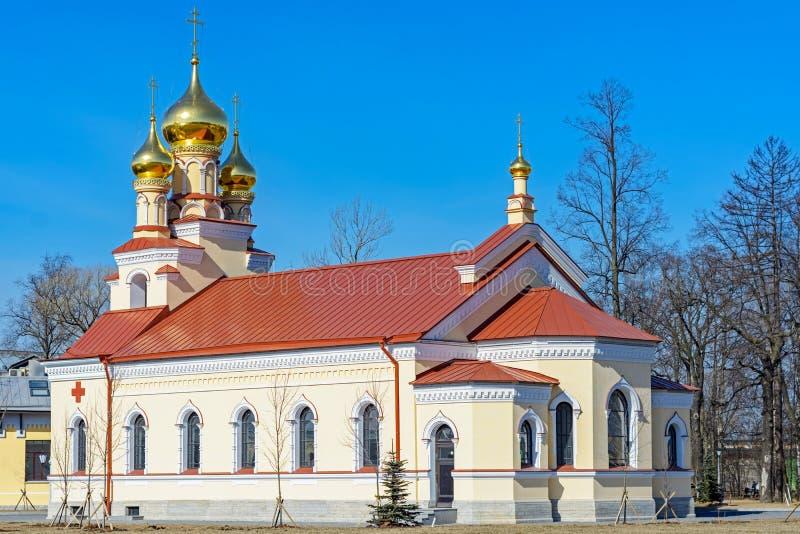 En liten kyrka royaltyfria foton