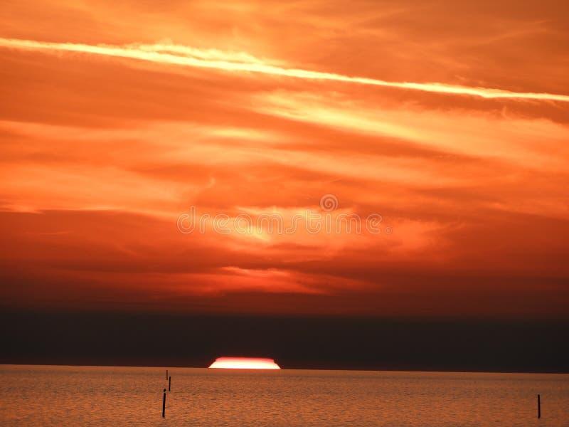 En mi vida, he visto muchas puestas del sol foto de archivo libre de regalías