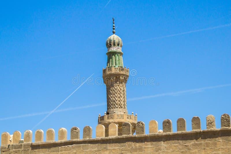 En minaret på moskén av muhammad ali i Egypten arkivfoton