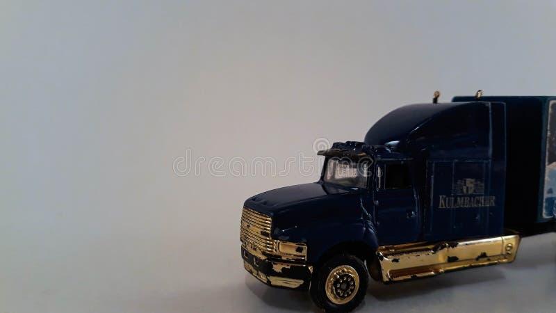 En miniatyrlastbil arkivbild
