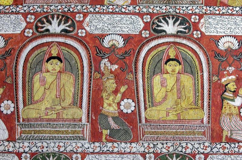 En mural i Sri Lankathilaka Rajamaha Viharaya arkivfoton