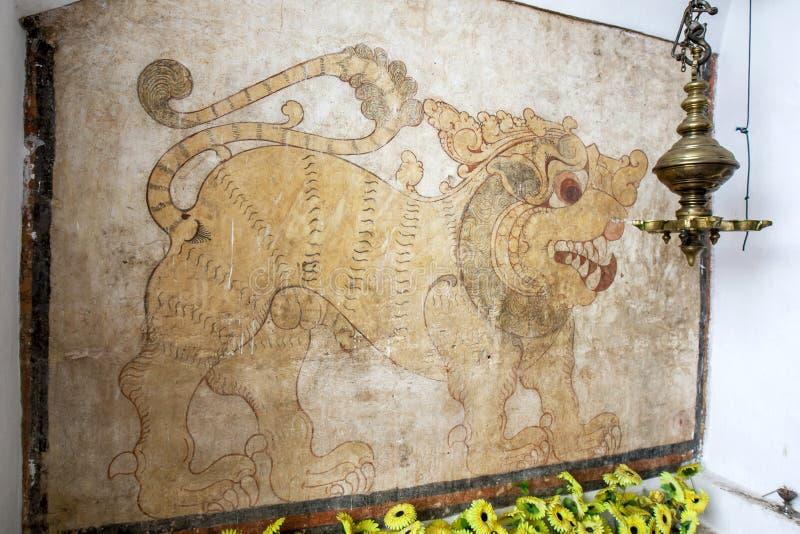 En mural i Sri Lankathilaka Rajamaha Viharaya arkivbild
