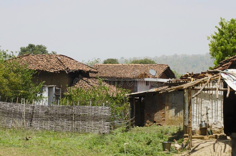 En by, Nagzira Tiger Resort, Nagzira lös livfristad, Bhandara, nära Nagpur, Maharashtra royaltyfria foton
