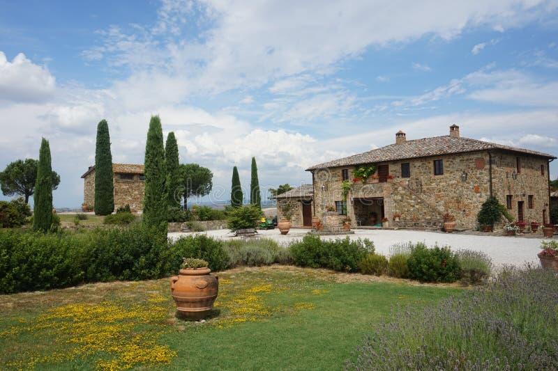 En oas av lugn på den italienska landsbygden, en drömplats arkivbilder