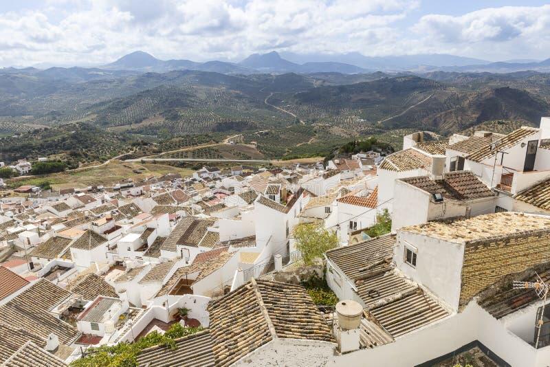 En panoramautsikt över den Olvera staden royaltyfri bild