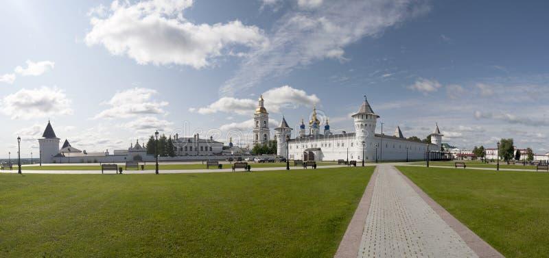 En panoramautsikt av den Tobolsk Kreml royaltyfri bild