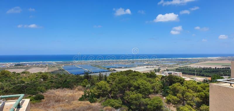 En panoramautsikt i Carmel, Israel arkivfoto