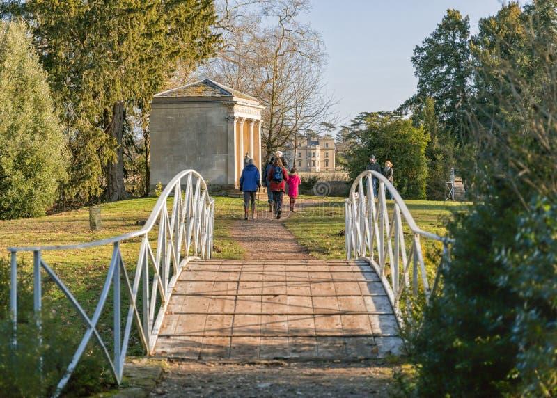 En Parkland går, Worcestershire arkivbild