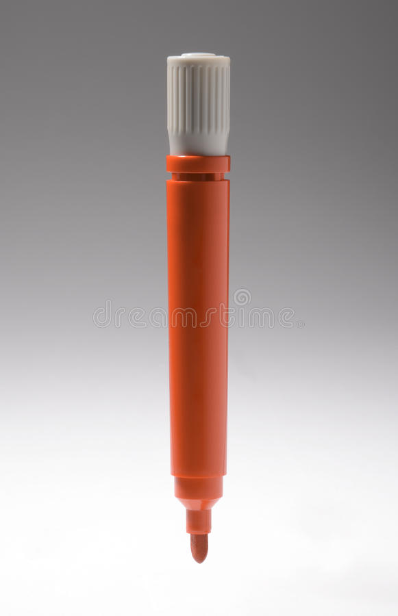En penna för markör för vitt bräde för röd färg fotografering för bildbyråer