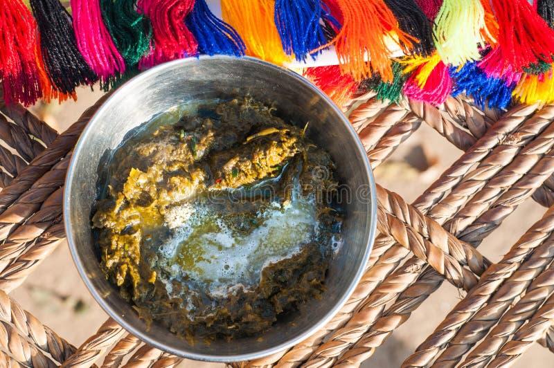 En punjabimaträtt kallade SAAG med nytt smör arkivbilder