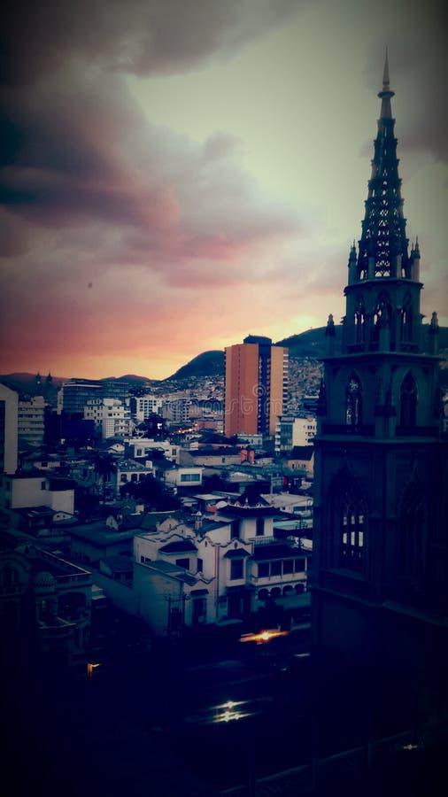 En Quito Ecuador di Atardecer immagine stock libera da diritti