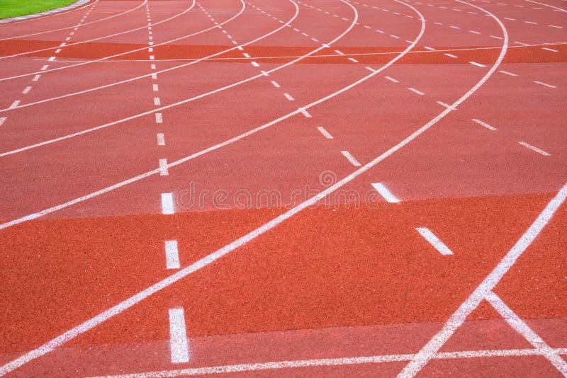 En rinnande gränd i sportmitt royaltyfri fotografi