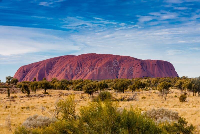 En scenisk sikt av Uluru Ayers vaggar, Australien fotografering för bildbyråer