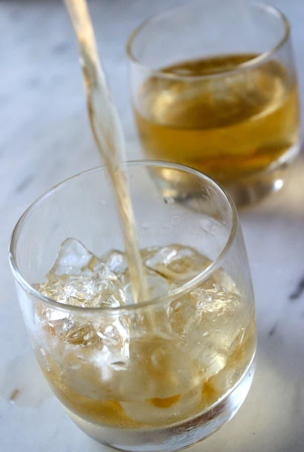 En segundo lugar alrededor del whisky foto de archivo