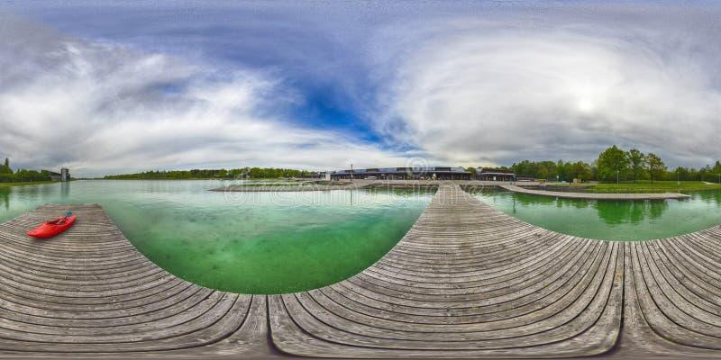 En sfärisk 360 grader sömlös panoramasikt i equirectangula arkivfoton