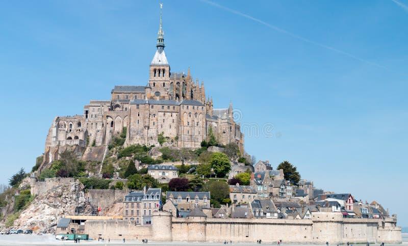 En sikt över Mont san Michel i Frankrike arkivfoto