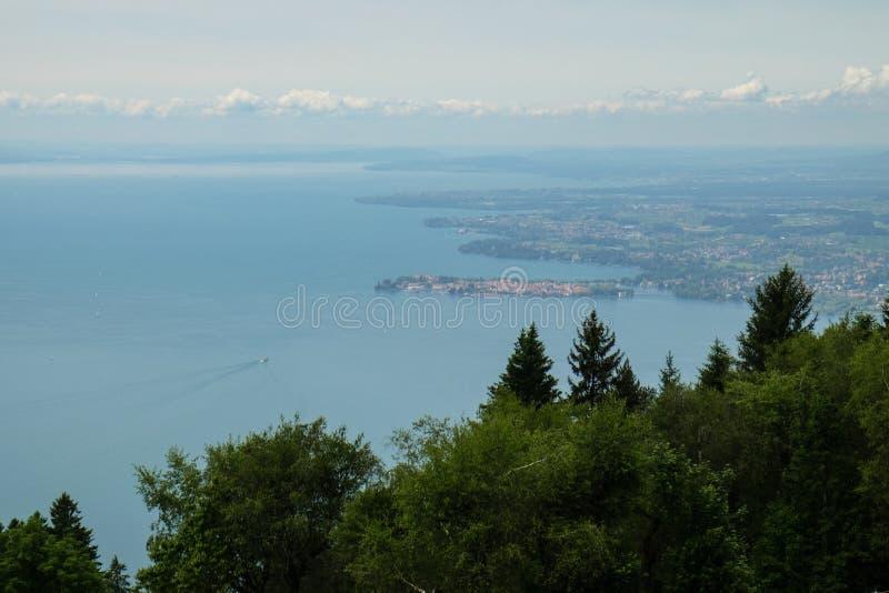 En sikt över sjön Constance på Lindau arkivbild
