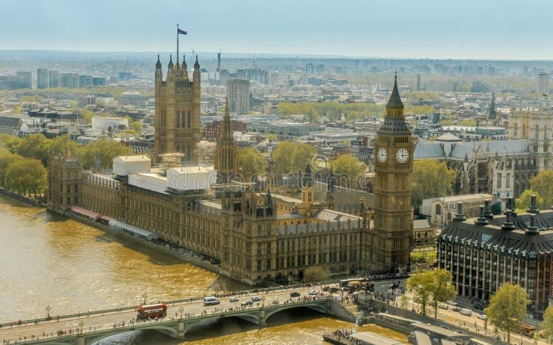 En sikt av husen av parlamentet, Big Ben fotografering för bildbyråer