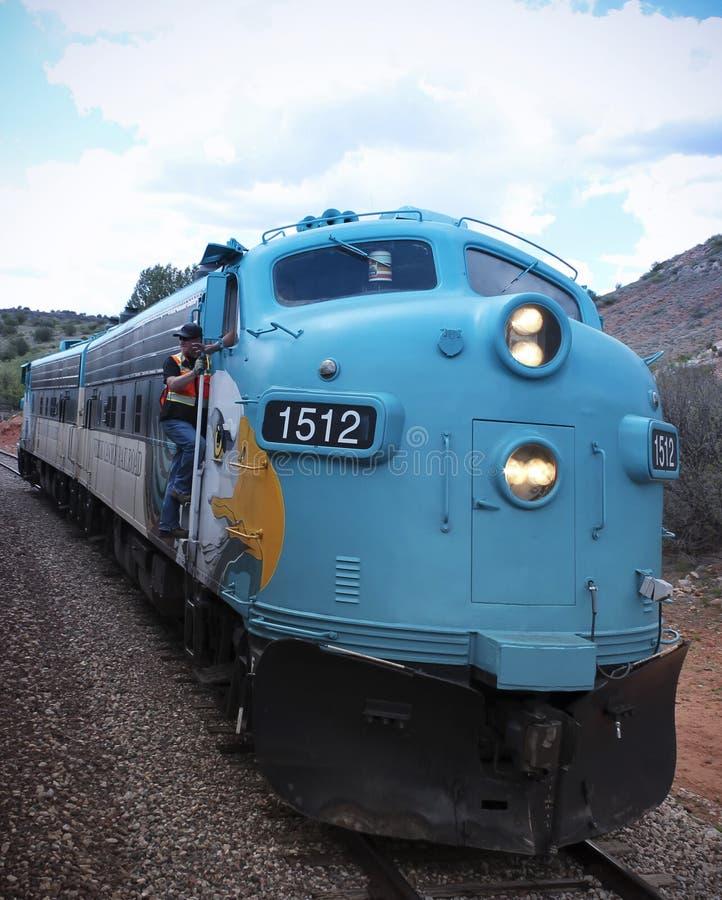 En sikt av lokomotivet för drev för Verde kanjonjärnväg, Clarkdale, AZ, USA royaltyfri foto