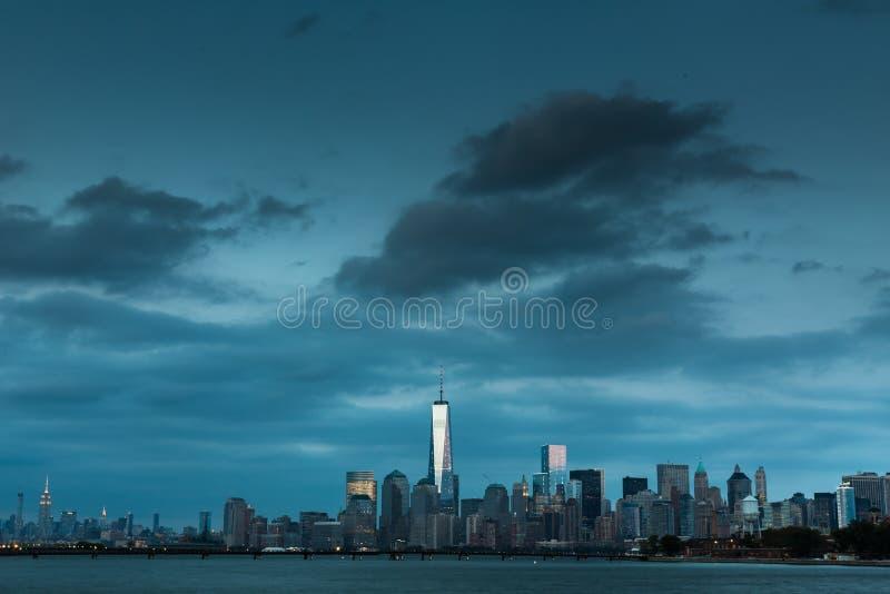 En sikt av Lower Manhattan royaltyfri fotografi
