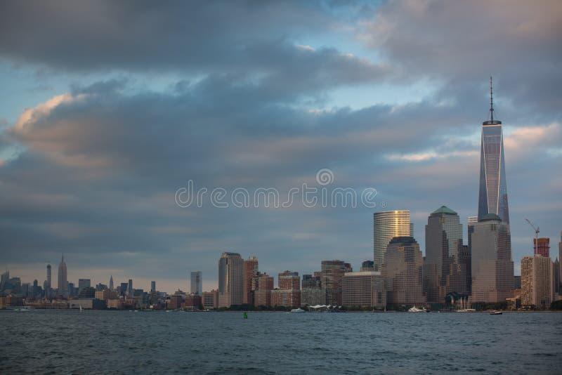 En sikt av Lower Manhattan arkivfoton