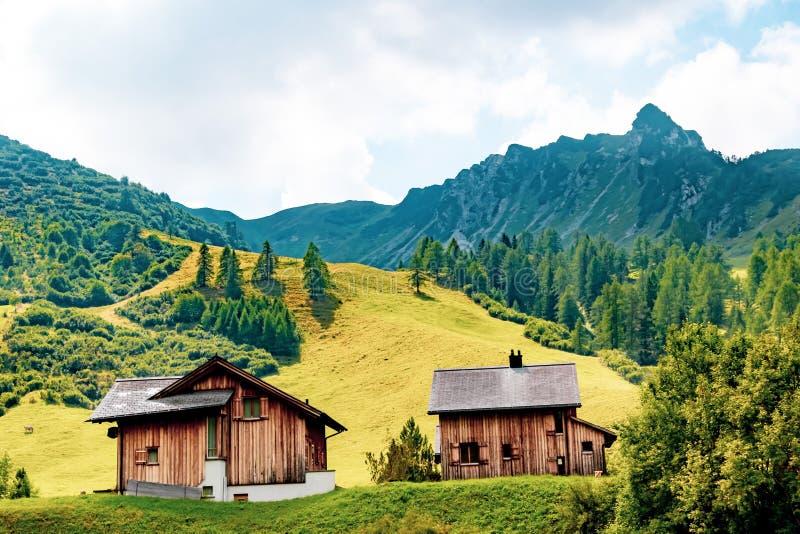 En sikt av Malbun, skidar semesterorten i Liechtenstein royaltyfria foton