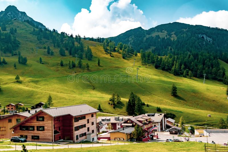 En sikt av Malbun, skidar semesterorten i Liechtenstein royaltyfri foto
