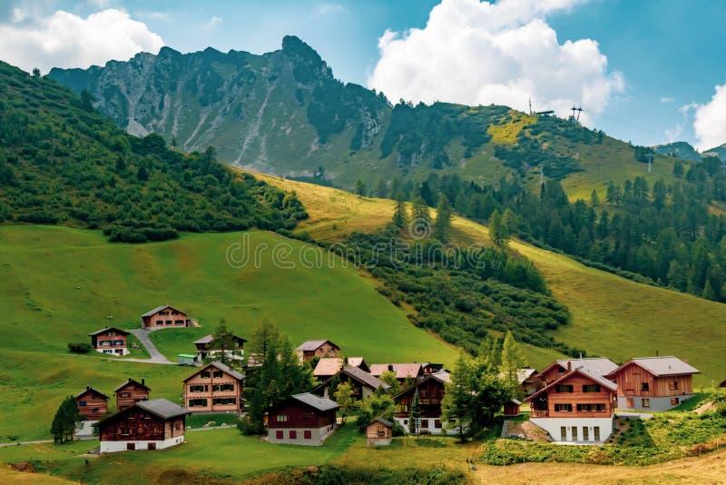 En sikt av Malbun, skidar semesterorten i Liechtenstein fotografering för bildbyråer
