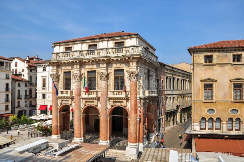 En sikt av Palazzoen del Capitaniato eller loggia del Capitaniato i piazzadeiSignori, Vicenza arkivbild