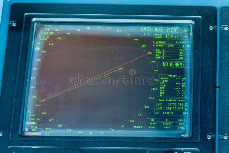 En skärm för skeppradarskärm royaltyfria foton