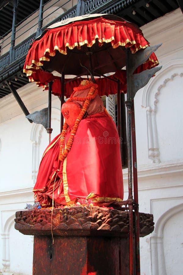 En staty av Hanuman på den gamla Royal Palace i Katmandu royaltyfria bilder
