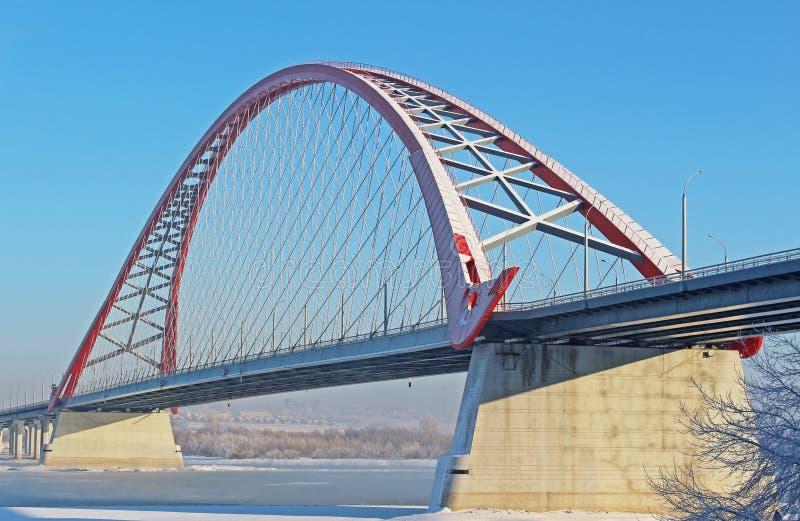 En stor ärke- bro royaltyfria bilder
