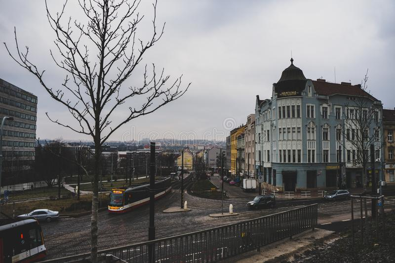 En stor Prague gata i centret royaltyfri foto