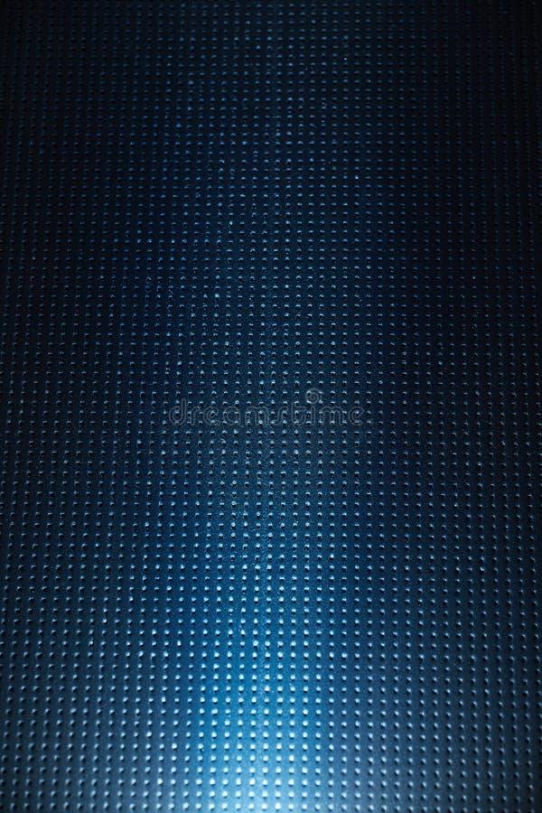 En stråle av ljus på ett mörkt - blå rutig bakgrund stock illustrationer