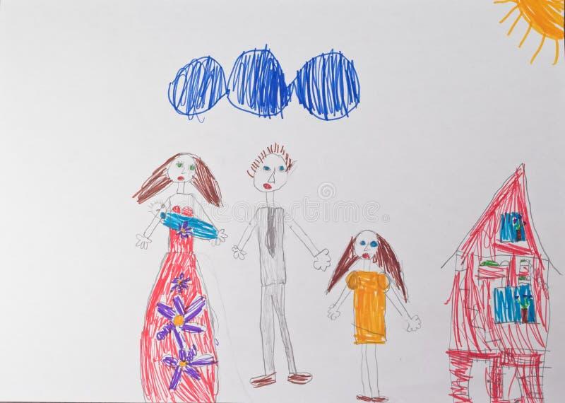 En teckning för barn` s som visar en lycklig familj med barn royaltyfri foto