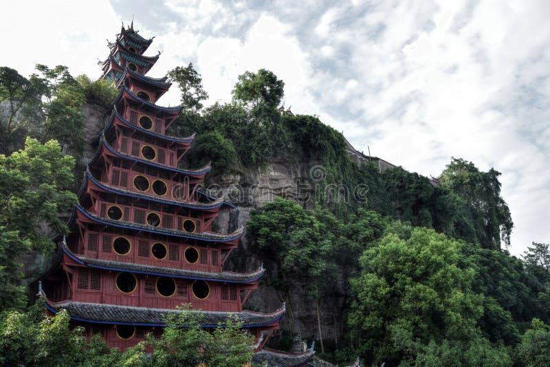 En tempel det byn Shibaozhai landskap nära för den Three Gorges dalen, Hubei, Kina royaltyfri fotografi