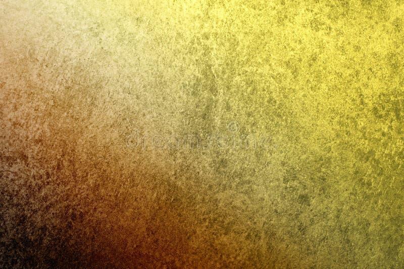 En texturerad tappningstuckaturbakgrund med ett mörker - slösa till den guld- gula lutningen royaltyfri foto