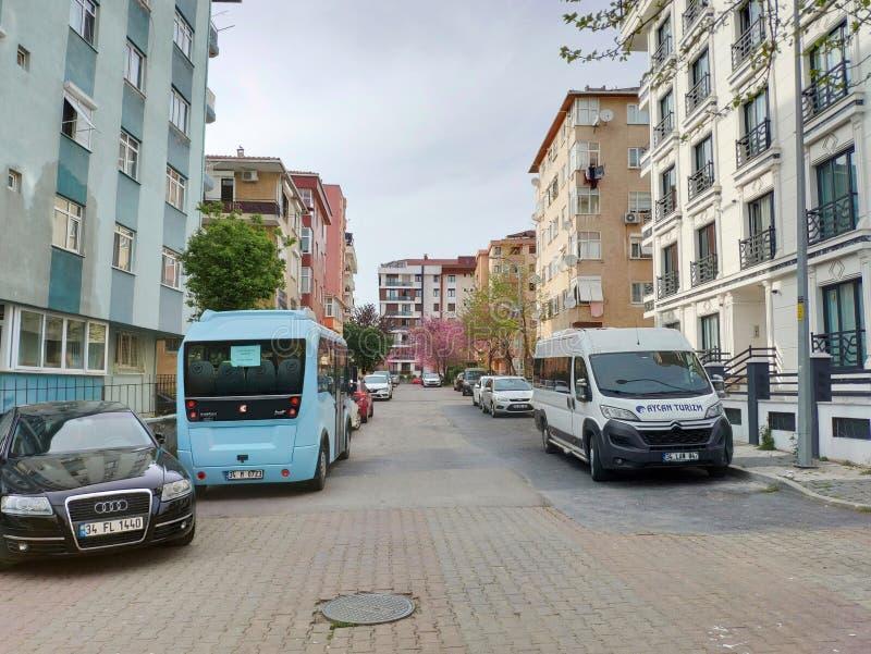 En Turquie, des millions de personnes sont bloquées sous coronavirus alors que les grandes villes restreignent la vie quotidienne image libre de droits