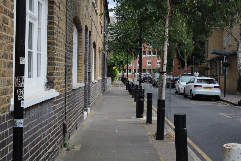 En typisk gata i östliga London royaltyfri foto