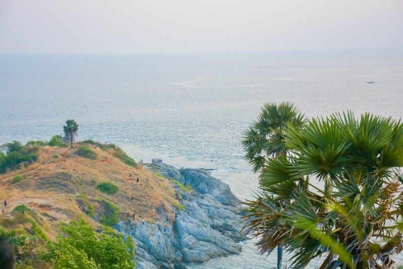 En udde in i havet royaltyfria bilder