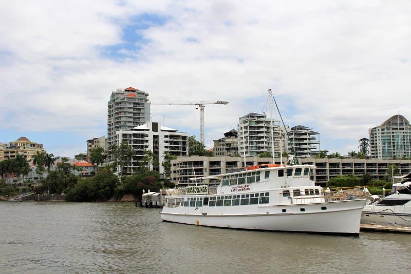 En un viaje del barco en Brisbane, Australia foto de archivo libre de regalías