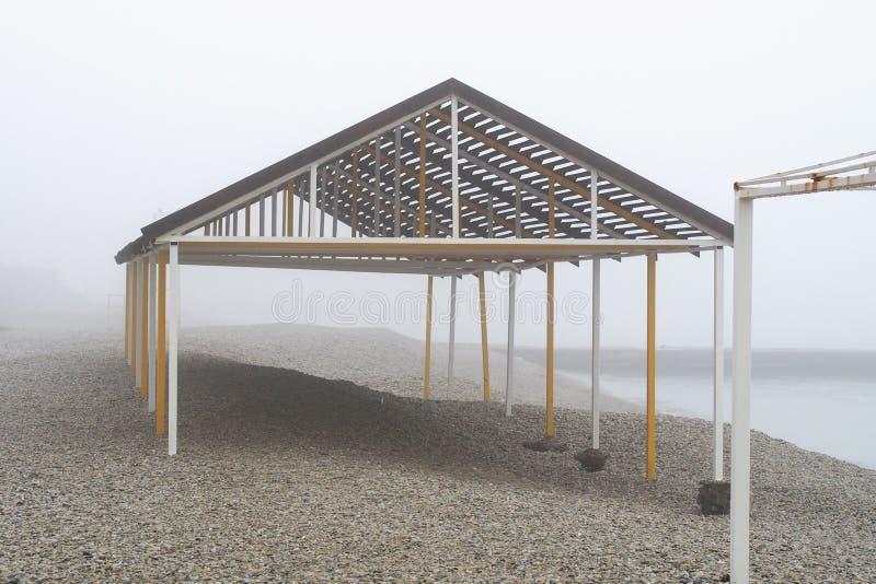 En una mañana de niebla 2 imagen de archivo